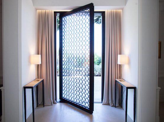 Porta in bronzo